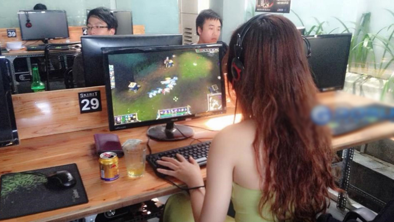Chơi game liên tục trong nhiều ngày, bất chấp ngày đêm, cô gái 20 tuổi bị bệnh viện trả về và bài học đau đớn dành cho game thủ