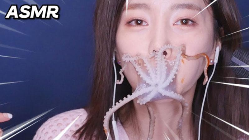 Đăng clip ăn nguyên con bạch tuộc sống, nữ YouTuber sở hữu 3,5 triệu lượt theo dõi gây phẫn nộ cộng đồng mạng, có người đòi xóa luôn tài khoản