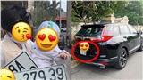 Thay bố bấm biển xe ô tô, em bé mang về kết quả 'cực độc' khiến nhiều người phải ước ao