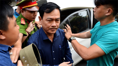 Vừa bị tuyên 18 tháng tù về tội dâm ô, Nguyễn Hữu Linh đã làm đơn kháng cáo kêu oan