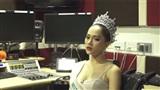 Hương Giang nói gì về thái độ của đối thủ Mexico khi cô đăng quang Hoa hậu chuyển giới Quốc tế?