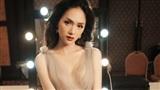 Sau khi bị NTK Hà Duy tố thiếu chuyên nghiệp, Hương Giang đăng tâm thư giãi bày