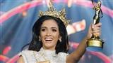 Cận cảnh nhan sắc của tân Hoa hậu Hòa bình ngất xỉu - Clara Sosa