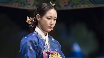 'The Last Empress': Hoàng thái hậu Shin Eun Kyung sẽ khiến Jang Nara khổ sở trốn thâm cung