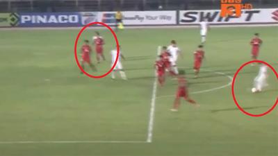 Việt Nam bị trọng tài 'cướp không' một bàn thắng xứng đáng?