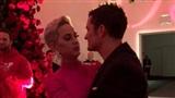 Katy Perry bất ngờ được Orlando Bloom cầu hôn đúng ngày Valentine