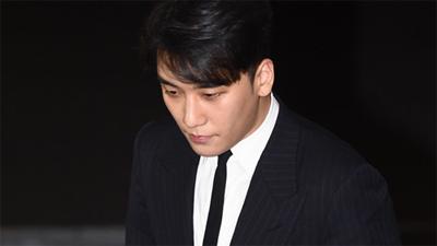 Bất ngờ xuất hiện tại trụ sở cảnh sát, Seungri: 'Tôi sẽ trung thành với cuộc điều tra'