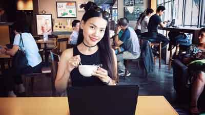 Nữ MC xinh đẹp gây tranh cãi với tiêu chí chọn chồng dài như... sớ Táo Quân