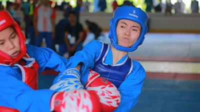 Bóng hồng tung đòn trên sàn đấu Vô địch Vovinam sinh viên miền Bắc