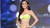 Huyền My khoe body nóng bỏng tại Bán kết Hoa hậu Hòa bình thế giới
