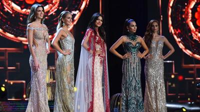 Á hậu 1 Hoa hậu Hoà bình Thế giới bị lãng quên như 1 cơn gió giây phút cuối cùng đêm chung kết