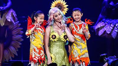 Hết các người mẫu, đến lượt Katy Perry bị cấm diễn tại Trung Quốc