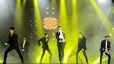 GOT7 khiến fan Việt 'bấn loạn' khi trình diễn loạt hit của nhóm