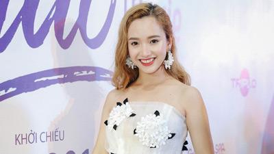 Diễn viên Gia Linh thừa nhận vì mê trai nên bị 'quê' trong khi đóng phim Thạch Thảo