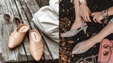 Dù là giày đế bệt hay cao gót, bạn cũng cần loạt bí kíp sau để chọn được đôi vừa êm chân lại nịnh dáng