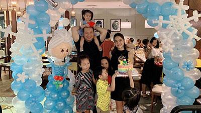 Phạm Quỳnh Anh - Quang Huy hội ngộ sau ly hôn vì con gái