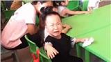 Cười bể bụng chuyện ngày đầu tiên đi học của các bé: 'Nhà bao việc' tự dưng bắt đến trường