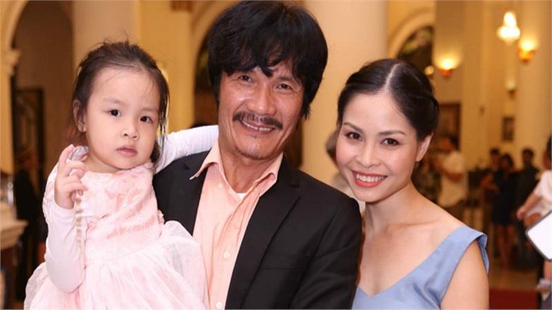 NSƯT Công Ninh lên chức cha ở tuổi 53: Tôi không bất ngờ vì biết mình còn khả năng sinh con