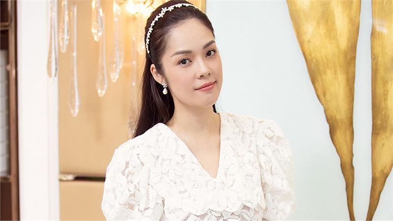 Dương Cẩm Lynh mất 3 ngày, quên ăn uống để lựa trang phục cho vai diễn mới