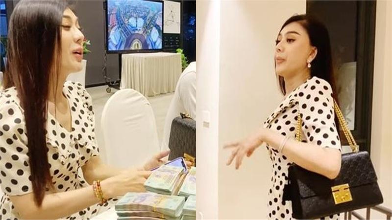Lâm Khánh Chi đã khiến dân tình 'choáng váng' khi vác ba lô đựng 10 tỷ đi đặt cọc nhà mới