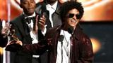 Nhận 6 giải thưởng Grammy, nhưng Bruno Mars lại 'vạ miệng' vì ngà ngà hơi men