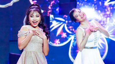 Phương Mỹ Chi gây bất ngờ khi diện váy điệu đà, khoe vũ đạo cùng trai đẹp trên sân khấu