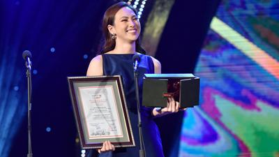 Phương Anh Đào ghi dấu ấn tại HANIFF 2018 với giải thưởng Diễn viên nữ chính xuất sắc nhất