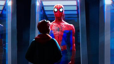 'Người Nhện: Vũ trụ mới': Người Nhện hay nhất mọi thời đại đánh bại huyền thoại Peter Parker