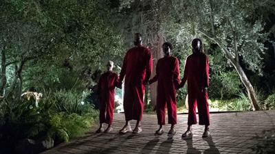 Những phân cảnh 'rợn tóc gáy' đầy ám ảnh trong siêu phẩm kinh dị 'Chúng Ta'