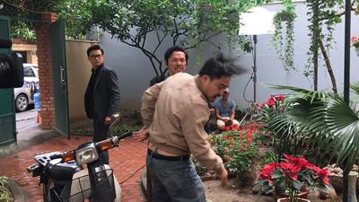 'Về nhà đi con': Ngày ấy đã tới, fan náo loạn với cảnh bố Sơn bị Lương Bổng 'nhập', tát con rể 'không trượt phát nào'