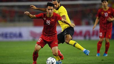 Báo Malaysia thất vọng, thừa nhận tuyển Việt Nam 'quá mạnh mẽ'