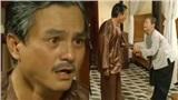 'Tiếng sét trong mưa': Lộ ảnh Thị Bình khóc nức nở nắm tay cầu xin Khải Duy, cuối cùng 2 người đã nhận ra nhau?