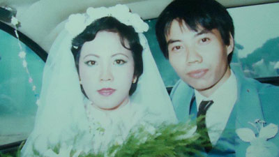 'Hot girl Sài Gòn' và đám cưới hoành tráng 30 năm trước: Màn 'cướp người yêu' ngoạn mục nhờ cái quỳ gối cùng lời dọa dẫm của chàng trai quá si tình