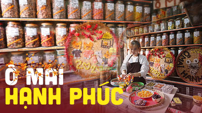 Tết đến, ghé cửa hàng ô mai hơn 30 năm nức tiếng Hà thành, 150 loại đủ vị chua, cay, mặn, ngọt