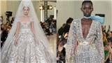 Choáng ngợp vì váy cưới vương giả quyền quý của Elie Saab tại Tuần lễ thời trang Paris