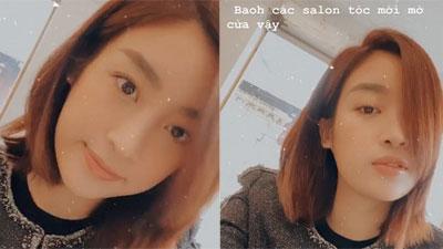 Tưởng cắt tóc ngắn là khỏe, Đỗ Mỹ Linh cũng phải mòn mỏi chờ salon mở cửa để tút tát dịp đầu năm