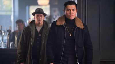 'Con nhà siêu giàu Châu Á' sắm vai trai đẹp phản diện đối đầu 'tượng vàng Oscar' Matthew McConaughey trong siêu phẩm hành động tội phạm tháng 2