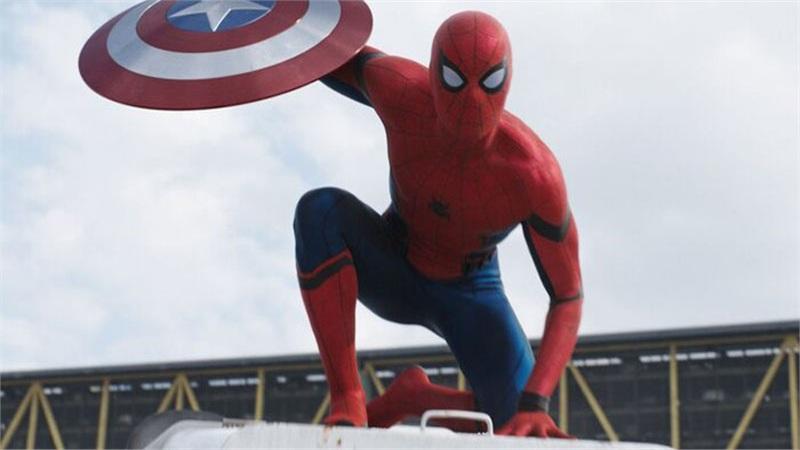 Trước Tom Holland, ai đã được để mắt vào vai Spider-Man của MCU?