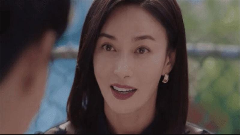 'Điên thì có sao': Mẹ ruột Seo Ye Ji trở thành nữ diễn viên được nhắc đến nhiều nhất sau khi 'lật mặt' giết chồng