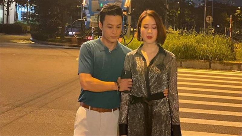 Lộ ảnh thân mật của Hồng Đăng - Hồng Diễm trong phim mới, nữ chính ăn mặc 'táo bạo' nhất từ trước đến nay