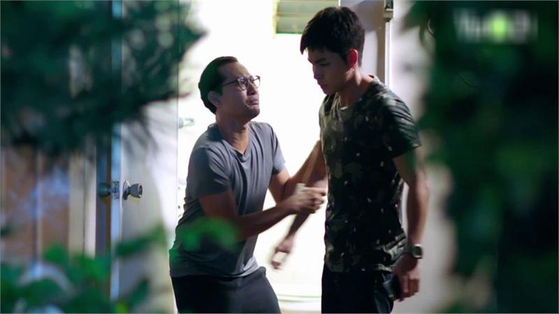 'Gạo Nếp Gạo Tẻ 2' tập 36: Hết đường lươn lẹo, Huỳnh Đông quỳ gối xin Jun Phạm che giấu tội lỗi