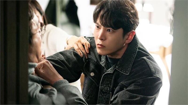 Phim của Kim Hee Sun và Joo Won rating vượt mốc 10% - Phim gán mác 19+ của jTBC kết thúc với rating cao nhất