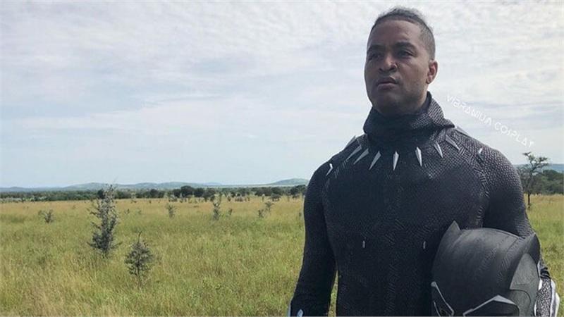 Chiêm ngưỡng vẻ đẹp của bộ giáp Black Panther ngoài đời thực