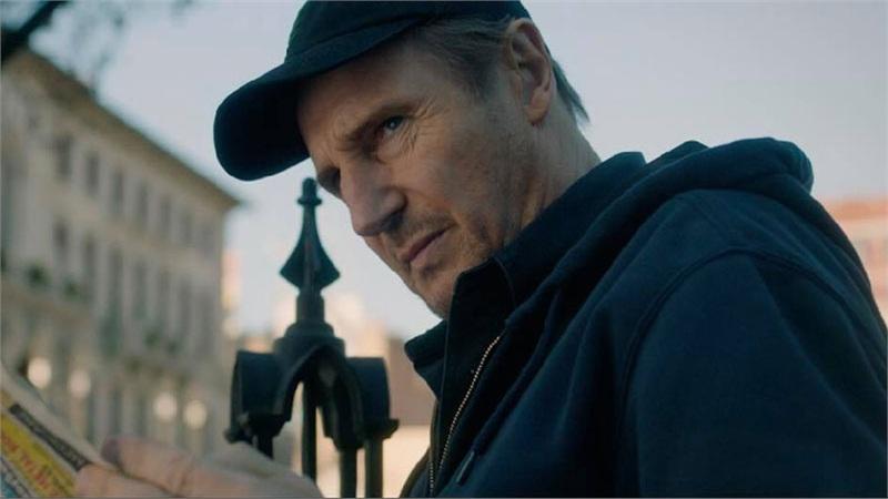 Tài tử Liam Neeson mãi chưa thoát được kiếp lận đận, cân não đối đầu FBI trong phim hành động mới
