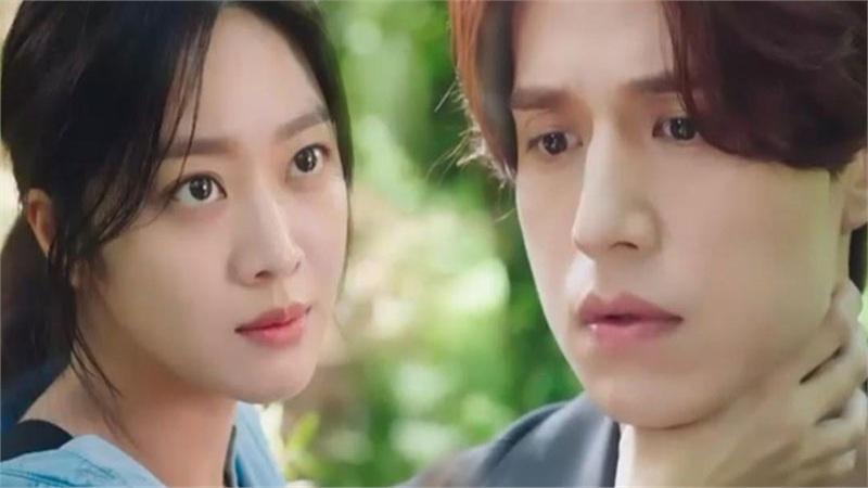 'Bạn trai tôi là hồ ly' tập 2: Jo Bo Ah tái sinh để trả thù Lee Dong Wook giết mình?