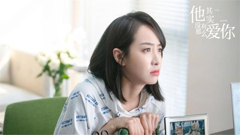 Vướng ồn ào tại lễ trao giải Kim Ưng, Tống Thiến vẫn khoe nhan sắc, còn đóng phim với mỹ nữ bị ghét nhất 'Như Ý truyện'