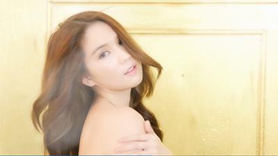 Clip: 'Bỏng mắt' xem hậu trường chụp ảnh nude của Ngọc Trinh