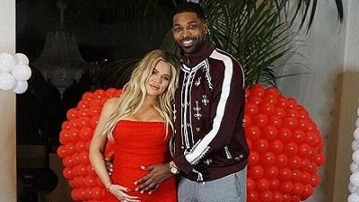 Khloe Kardashian hạ sinh con gái, vẫn cho phép bạn trai phản bội có mặt
