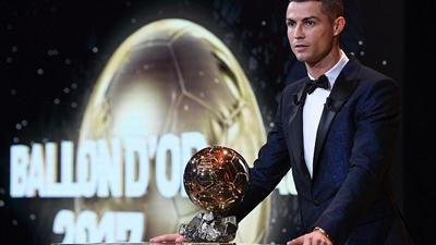Chủ nhân Quảng bóng vàng lại tiếp tục là Ronaldo
