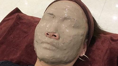 Khi bạn đi spa đắp mặt nạ bùn nhưng gặp trúng thợ hồ tập sự, kết quả sẽ tréo ngoe thế này